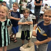 The Class of 2032 Receives Free Books at Orientation